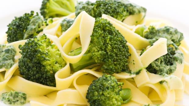 broccoli noodle kugel