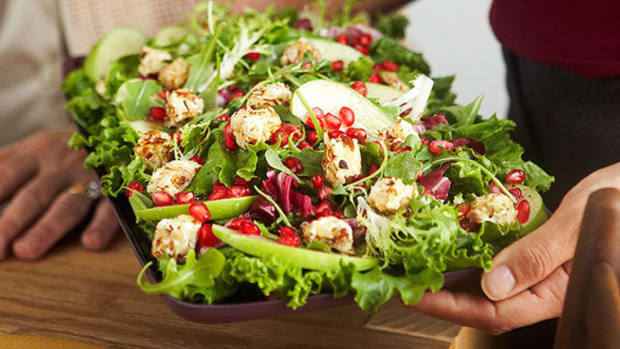 "Mixed Green Salad with Warm Cream Cheese ""Croutons"""