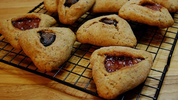 Healthy Vegan Hamentashen