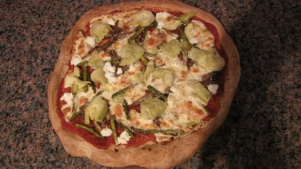 Carmelized Onion and Asparagus Pizza