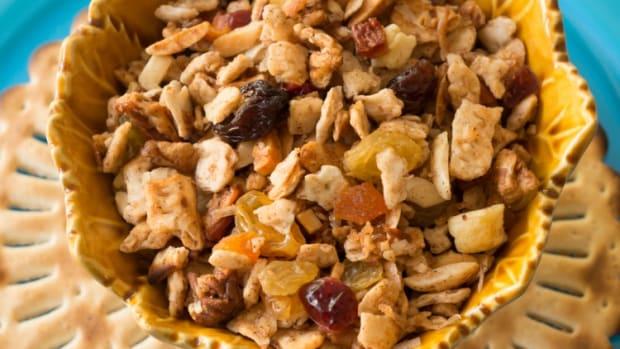 passover matzo granola