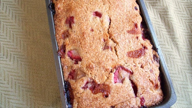 Strawberry Kugel