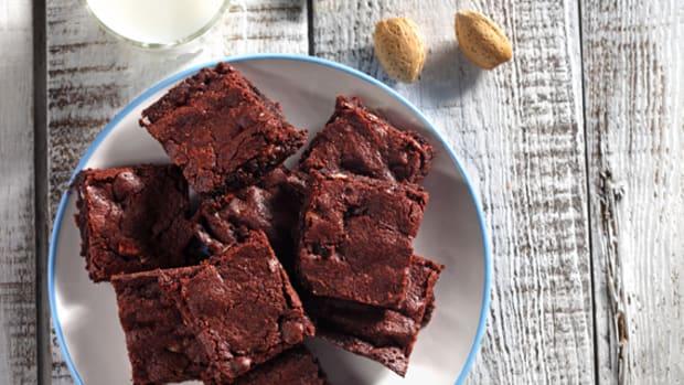 quick dark chocolate brownies