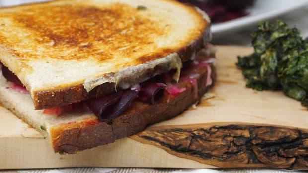 vegetarian low fat reuben sandwich