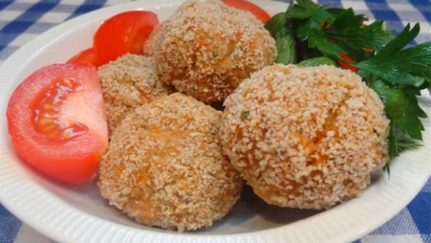 crispy turkey veggie meatballs