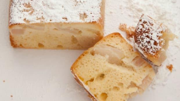 Pear Cake85
