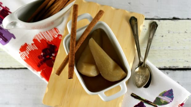 Maple Cinnamon Poached Pears