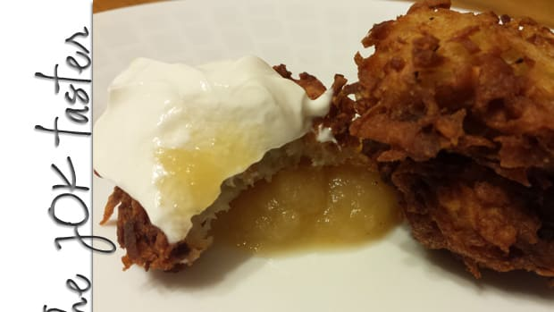 Week 7 feature image latkes