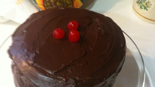 Easy Chocolate Cherry Fudge Cake