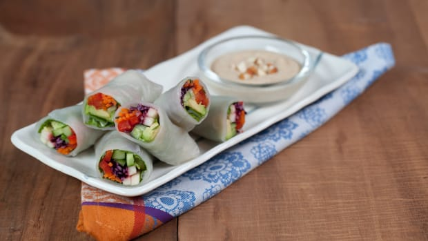 Veggie Rice Wraps with Almond Dipping Sauce