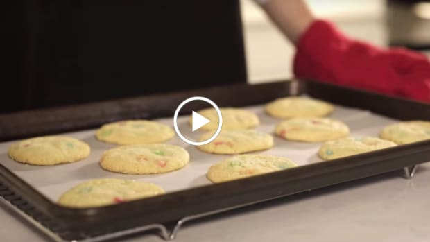 Bejewelled Sugar Cookies Video