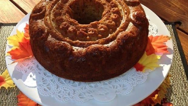 Kings crown apple honey cake 2