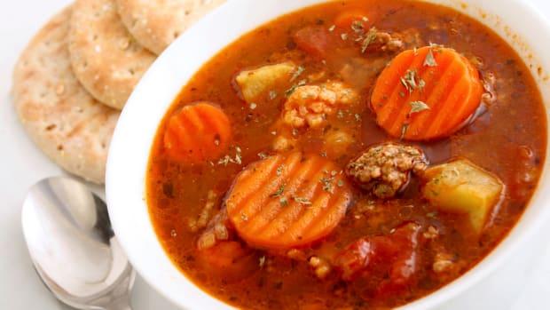 slow cooker hamburger soup