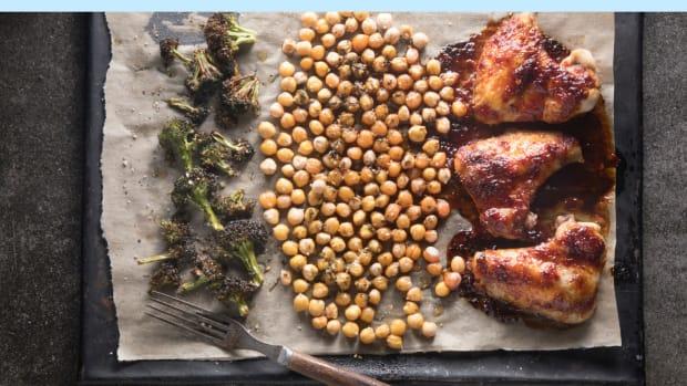 sheet pan harissa chicken wings dinner