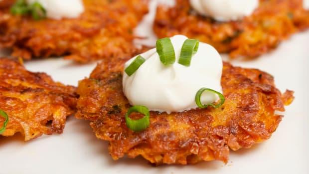 cheesy-sweet-potato-latkes