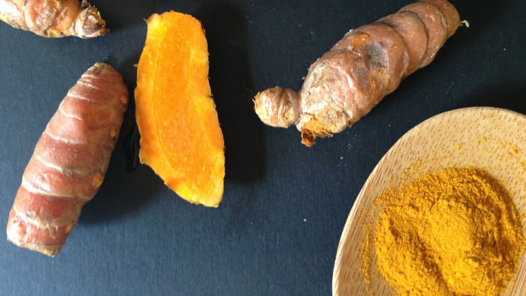 What's the Buzz About Turmeric? Get the Scoop on this Superfood