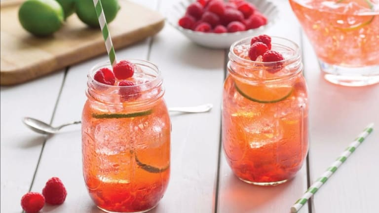 Keep Your Cool With Naturally Sweetened Iced Teas