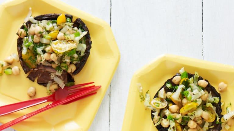 "15 ""Meaty"" Vegetarian Portobello Mushroom Main Dishes"