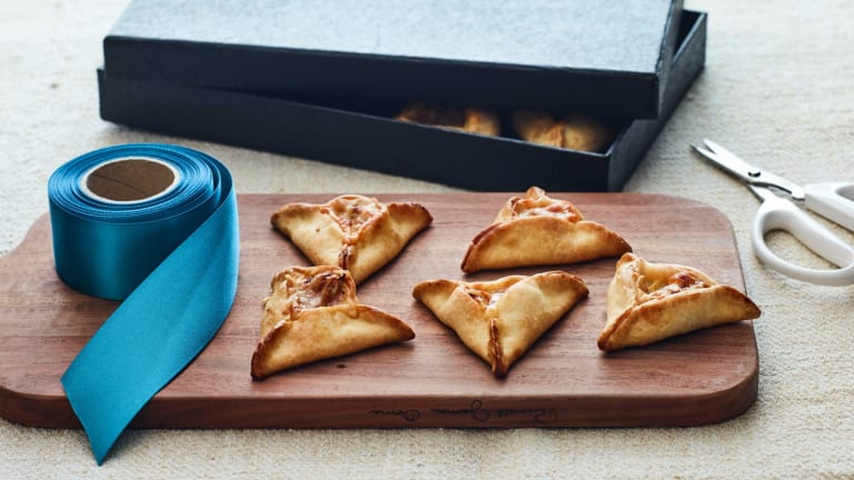 How To Fold and How To Bake Perfect Hamantaschen