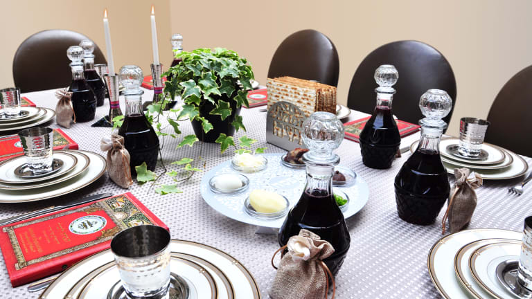 How To Decorate Your Passover Seder Table Jamie Geller