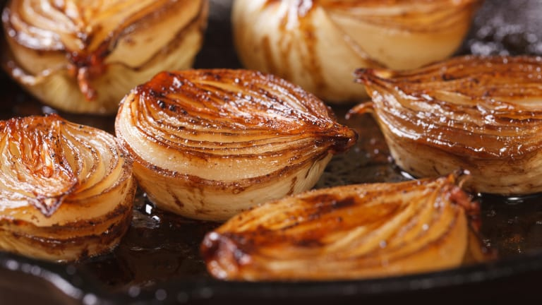 How To Make Caramelized Onions - 3 Ways