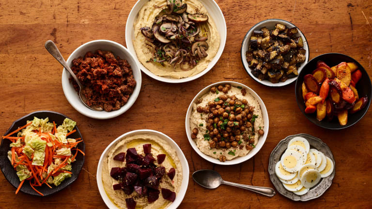 How To Throw a Hummus Bowl Party