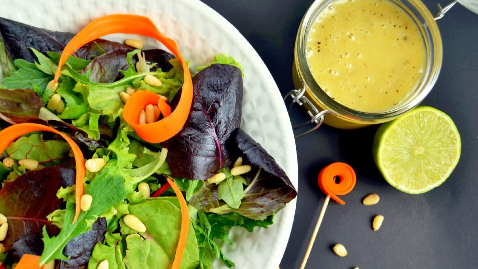 Shabbat Menu - Salad With A Honey Lime Vinaigrette