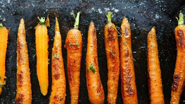 Roasted Carrots With Harissa And Toasted Pistachios