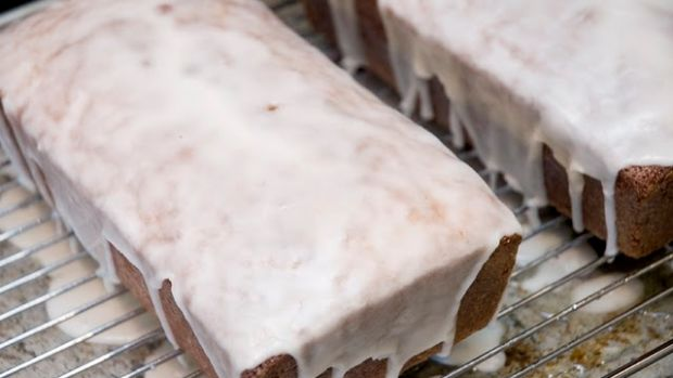 Lemon Almond Semolina Cake