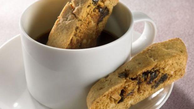 almond-cherry-biscotti