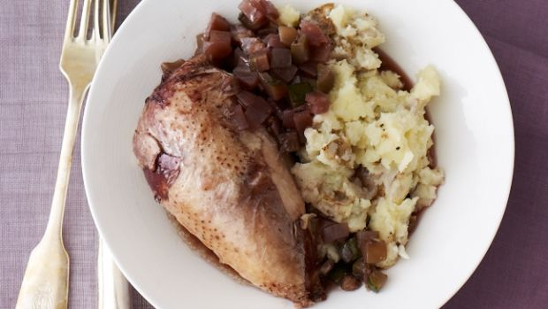 Chicken with Zucchini and Wine Stuffing