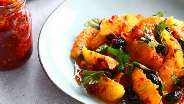 olive-harissa-orange-salad (1)