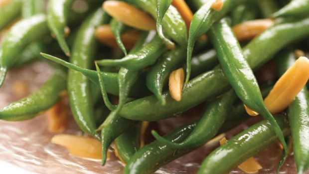 Baby French String Beans with Slivered Almonds