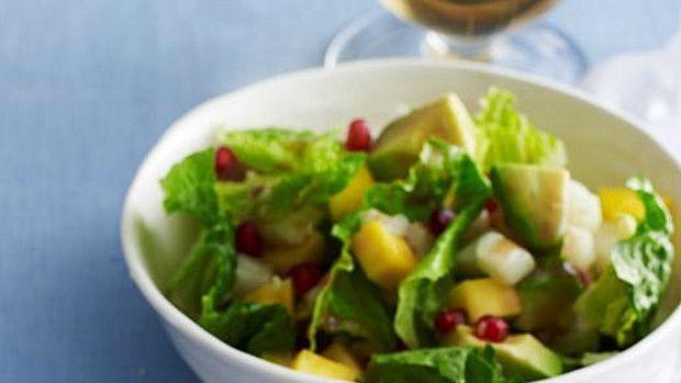 Pomegranate Salad with Berry Vinaigrette
