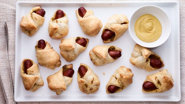 Spicy Dog Poppers in Blankets