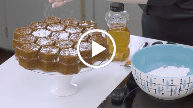 apples and honey cake