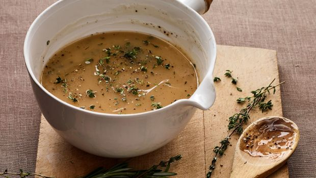 simple pan gravy