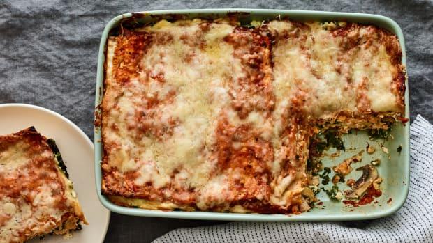 Spinach Mushroom Matzo Lasagna