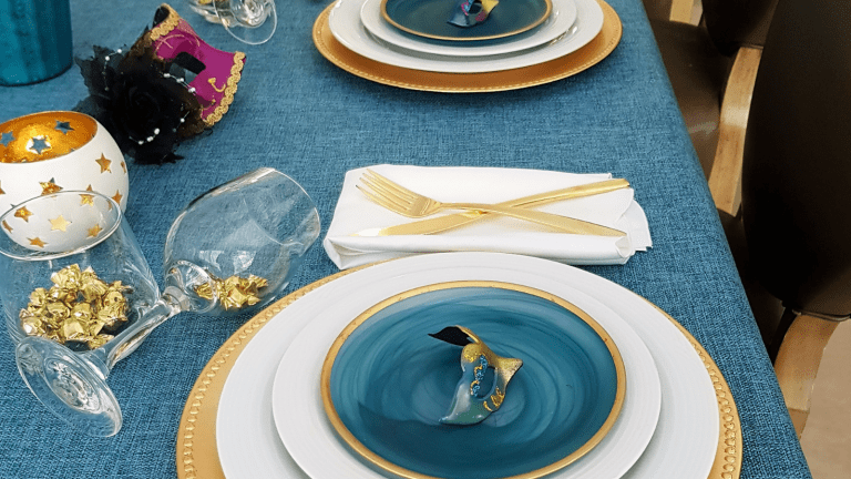 How To Set a Gorgeous Table For Purim