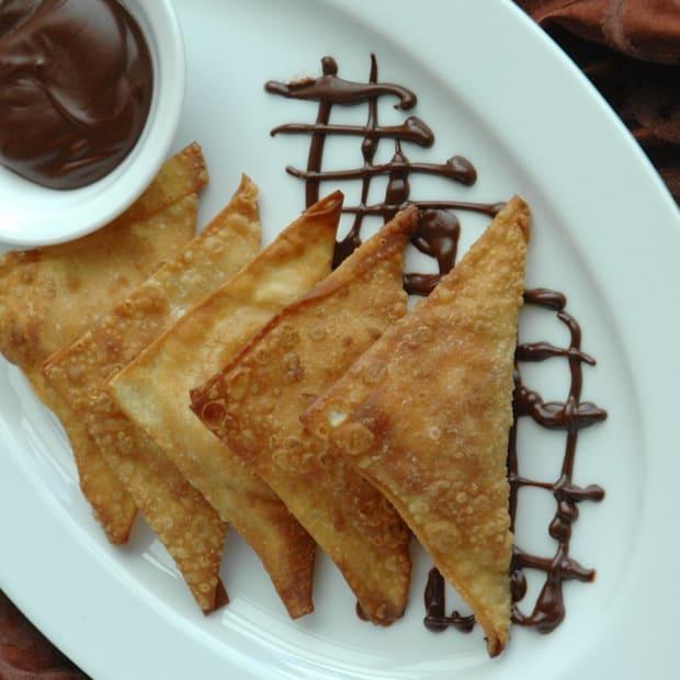 sweet dessert wontons