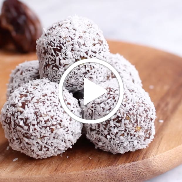 chocolate-matzah-balls-featured