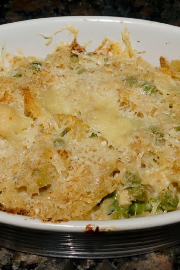 Cheese and Peas Tuna Casserole