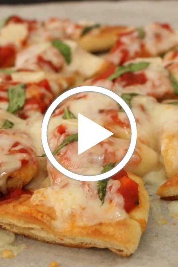 pita chip pizza featured