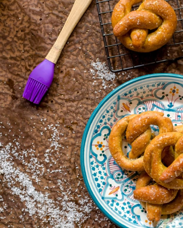 gluten free honey pretzels