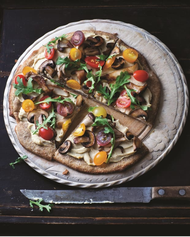 Hummus Pizza with Arugula and Wild Mushrooms