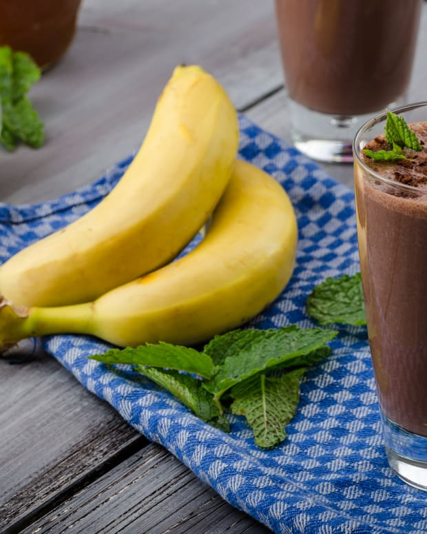 chocolate banana smoothie.jpg