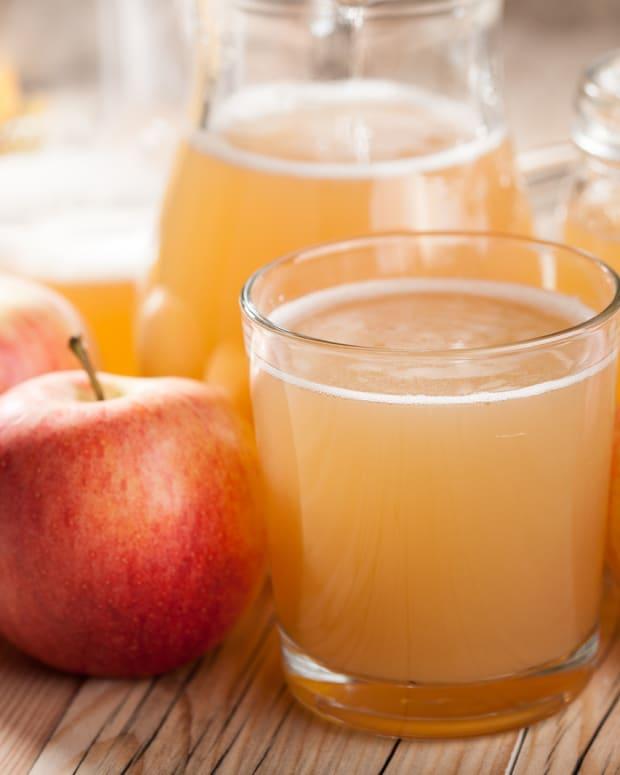 quick fresh no juicer needed apple juice