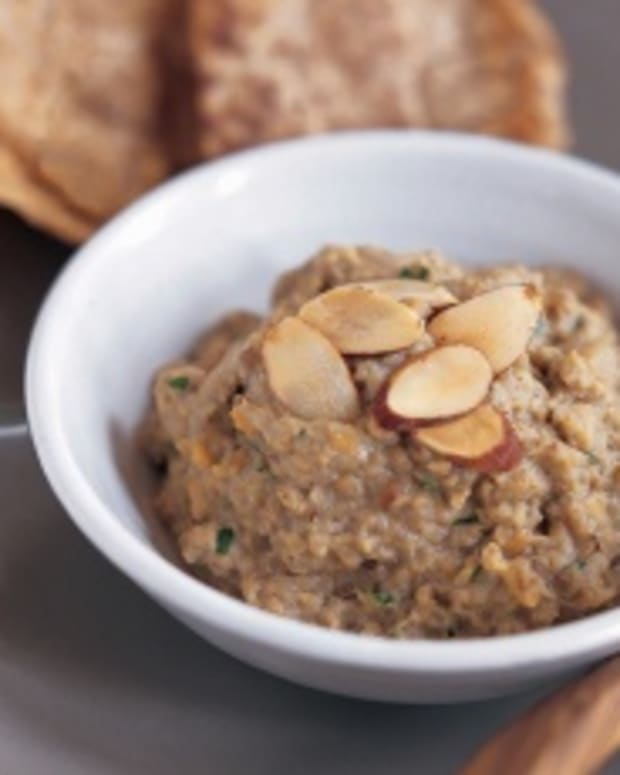 almond baba ghanoush