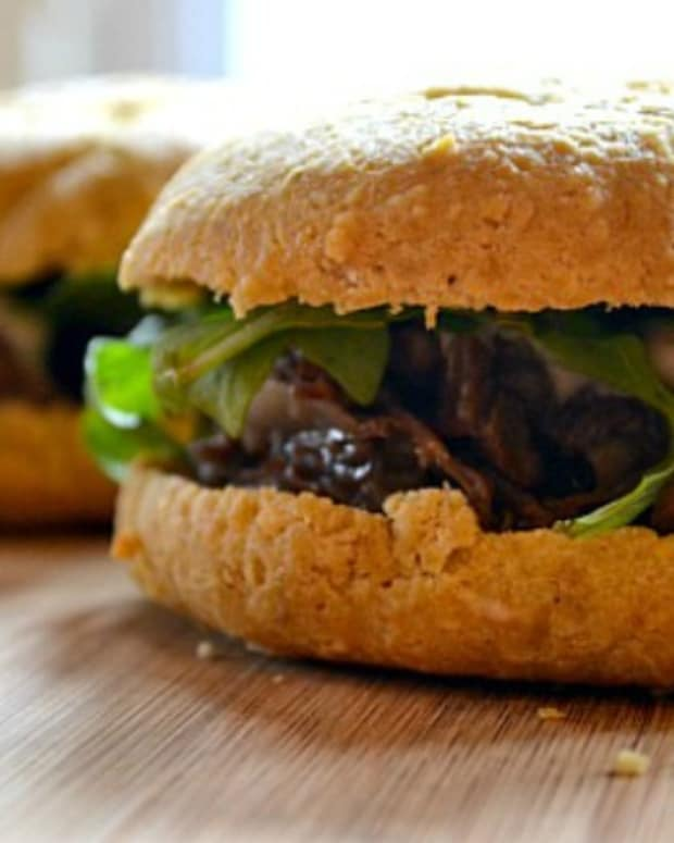 Passover-Braised-Short-Rib-Sandwich2