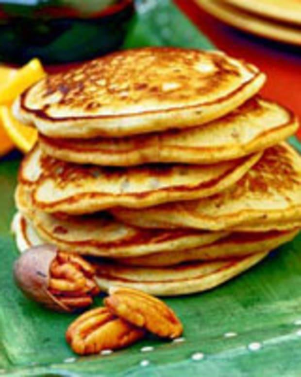 Sour Cream Buttermilk Pecan Pancakes